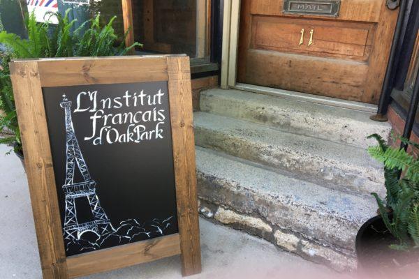 Parle Français in the Oak Park Arts District